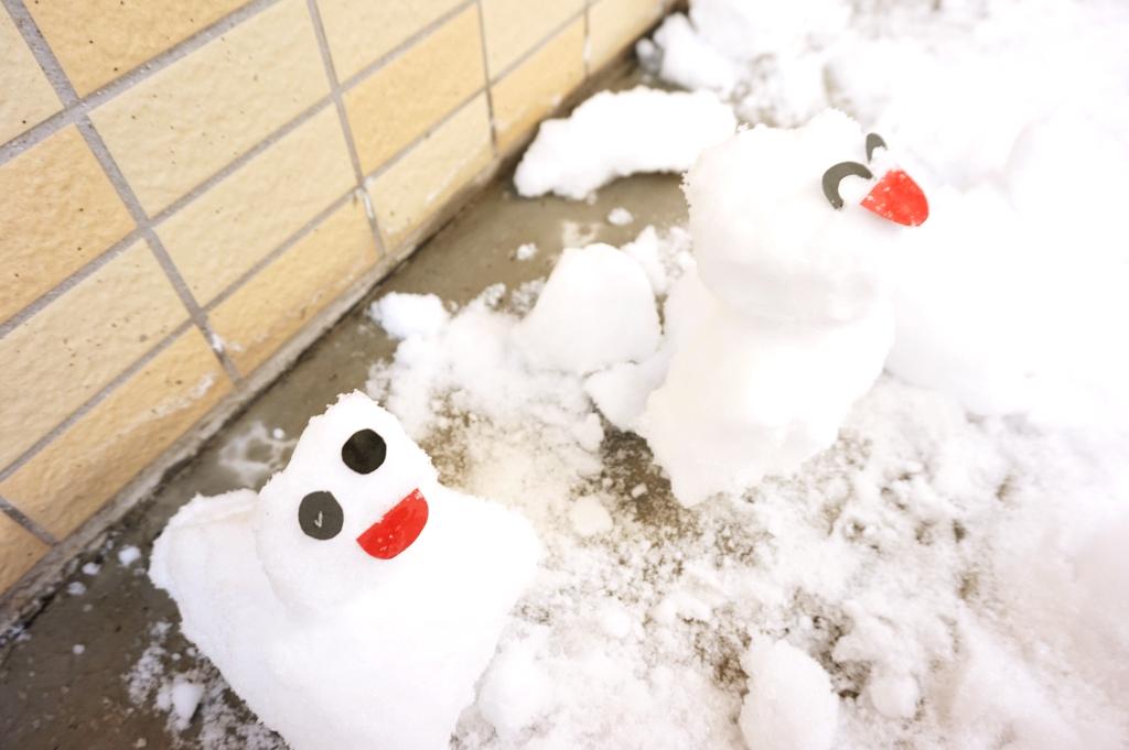 顔も付けると雪だるま感が出ますね★