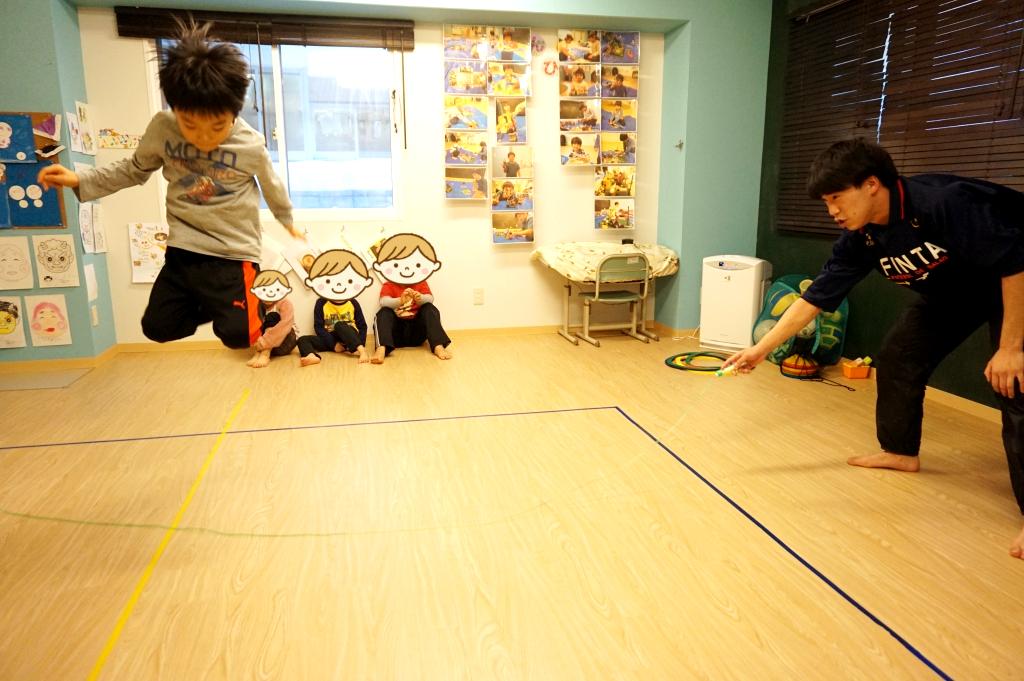 大縄跳びの練習中!