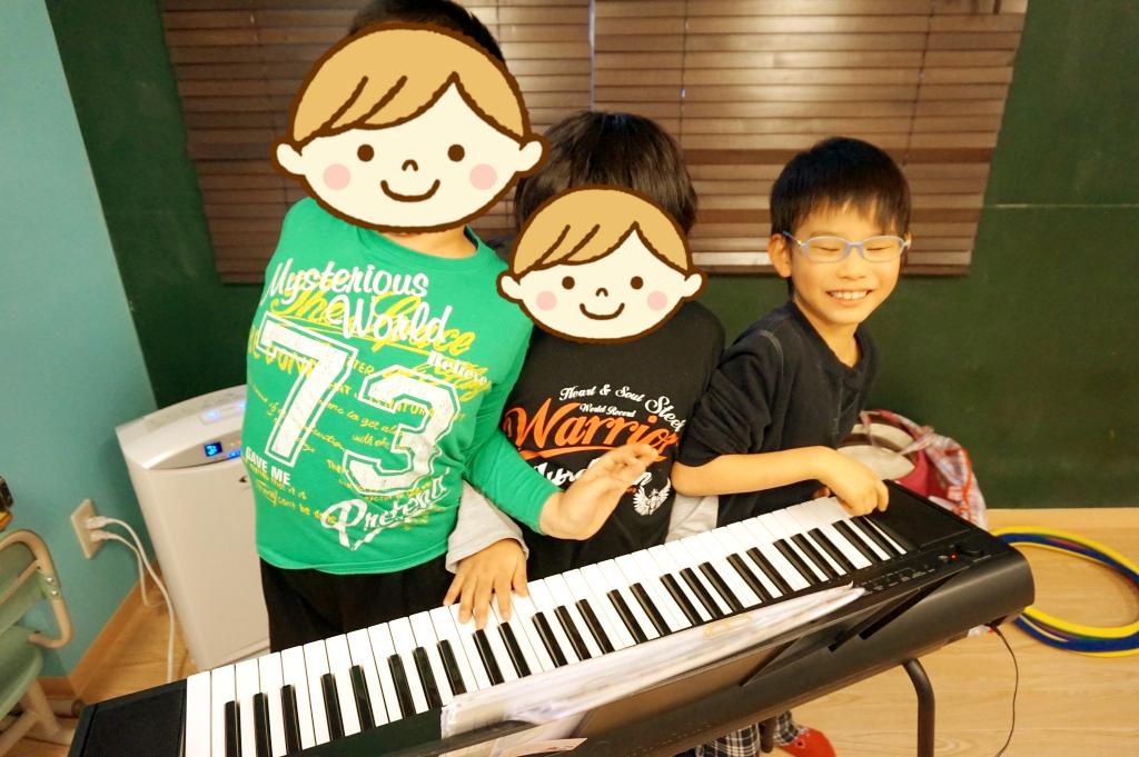 ピアノってどんな楽器だろ・・弾いてみてみよう!