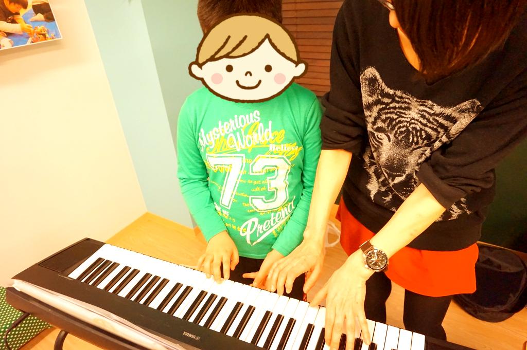 ピアノ経験者は伴奏を!