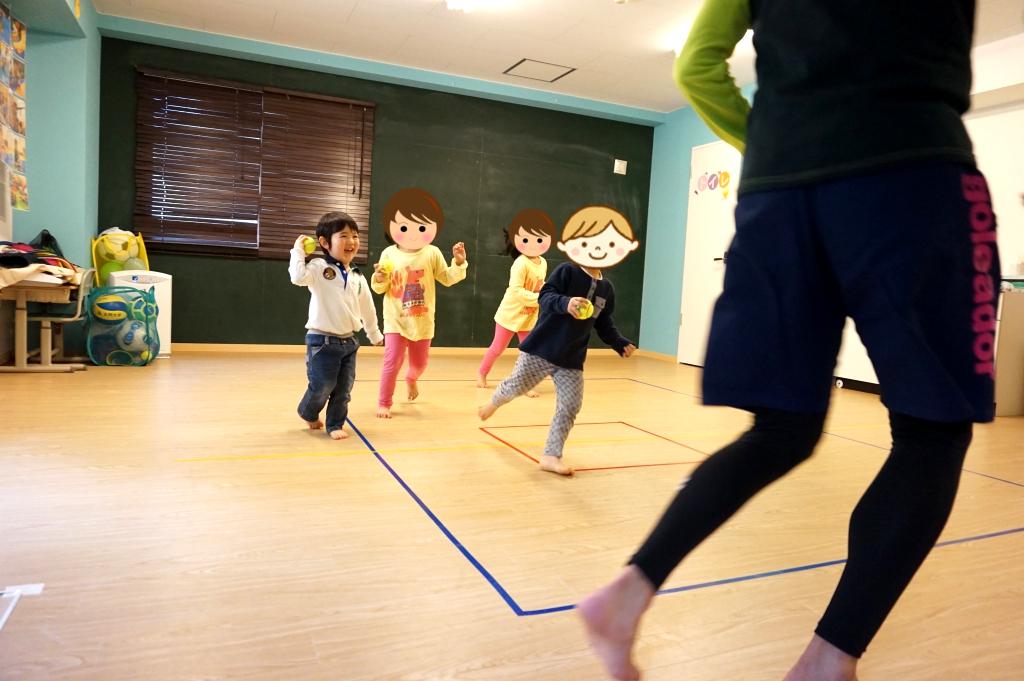 テニスボールって意外と弾むよ!(゚∀゚)